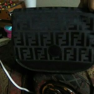 Very pretty authentic fendi purse or messenger bag
